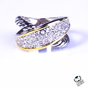 two-tone-crystal-crossover-ring