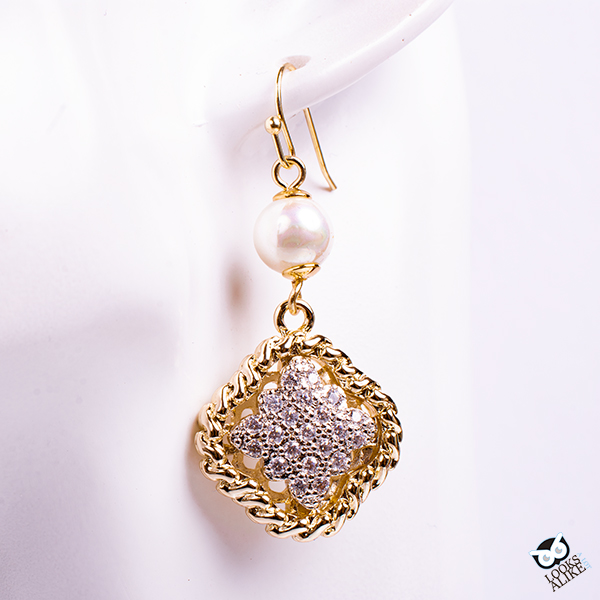 Dressy Crystal Clover And Pearl Earrings