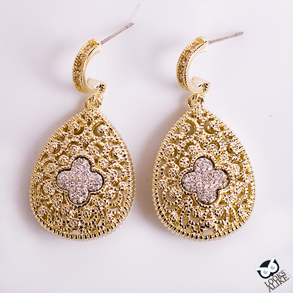 Golden clover filagree earrings